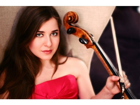 Cellist Alisa Weilerstein will perform with the Pacific Symphony on Dec. 6-8, 2012. Photo by JAMIE JUNG