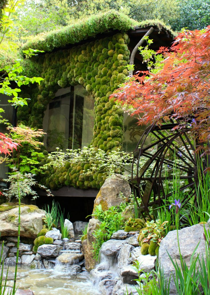 Kazuyuki Ishihara's garden at Chelsea won both a gold medal and the award for Best Artisan Garden.