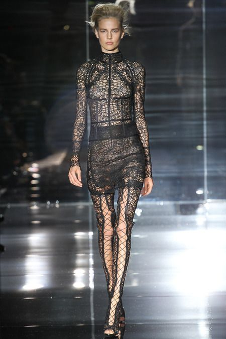 Tom Ford Spring 2014 Ready-to-Wear Collection Slideshow on Style.com