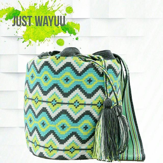 Handcrafted handbags made by indigenous wayuu in the north of Colombia. Worldwide shipping – envíos mundiales – PayPal WA +57 3188430452 #seoul #ootd #mochilas #wayuu #handmade #boho #hippie #bohemian #trendy #knitting #australia #กระเป๋าถือ #Handgjord #Handgemacht #Handgemaakt #faitmain #london #australia #wayuubags #winter #Netherlands #handcrafted #fashion #กระเป๋า #france #newyotk #Japan #california #miami #Hæklet #newyork