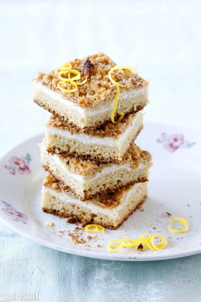 Paras rahkapiirakka maistuu raikkaasti sitruunalle ja syntyy vaahdottamatta ja vaivaamatta.