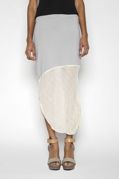 I don't usually wear skirts but I love this piece. I like the asymmetry and the two different contrasting materials.. and the minimalism.