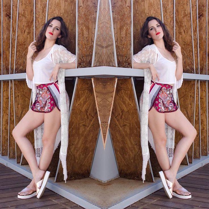Easy #sunday mood with @melshoes_gr 🌴 #lovefashiongr #fashionblogger #greekblogger #melshoesgr