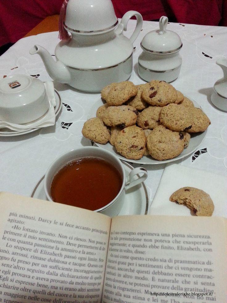 Dolci tra le righe: Orgoglio e Pregiudizio di Jane Austen con Focaccine Dolci per il Tè. http://dolcitralerighe.blogspot.it/2014/03/orgoglio-e-pregiudizio-di-austen-con.html
