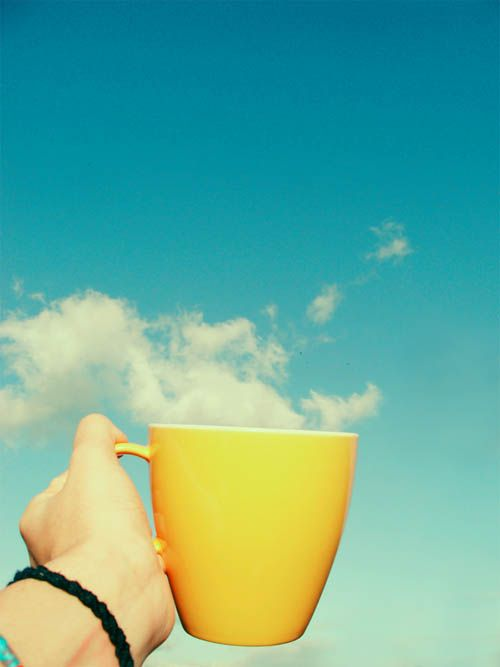 one cup in the morning #Tasse #Nuage #Ciel bleu