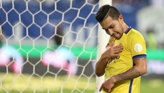 رغم النفي سببان يقربان بيتروس من الرحيل عن نادي النصر