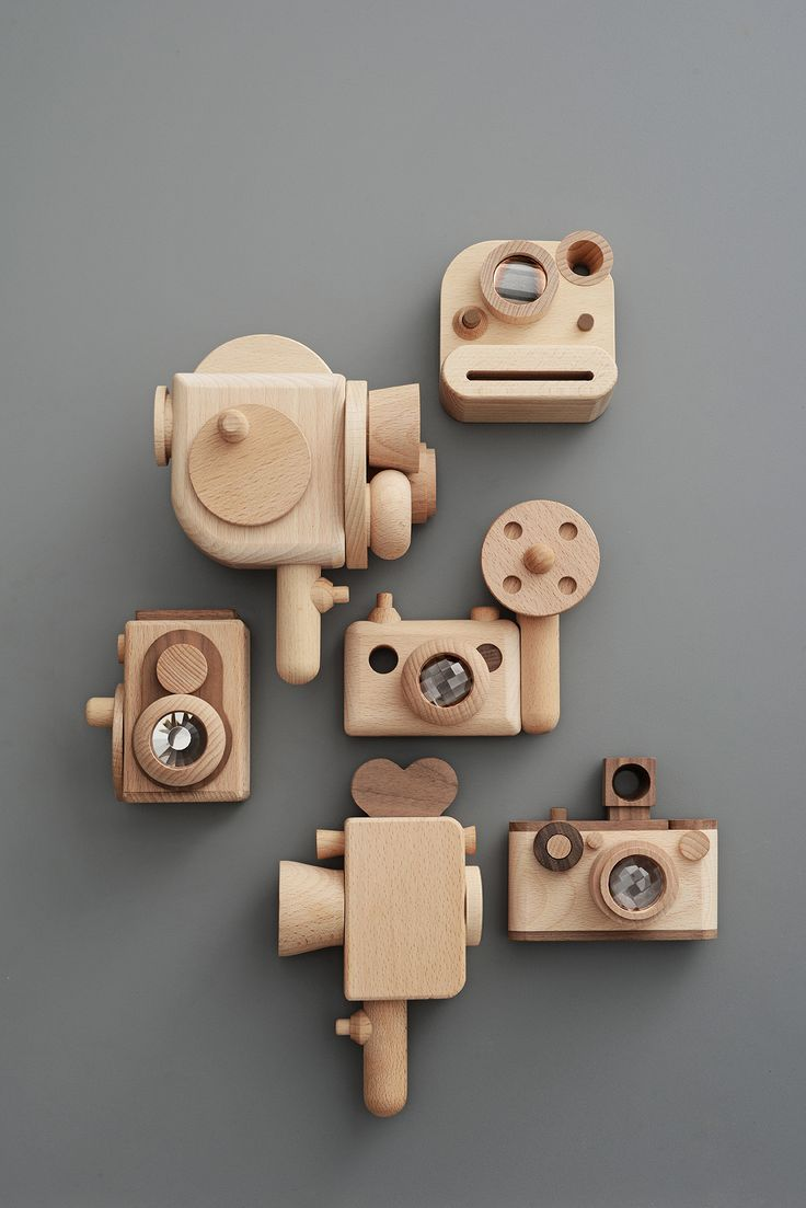 Here is FF first kids wooden toys/ Vintage style wooden camera/ Hand craft Father'sfactory.com