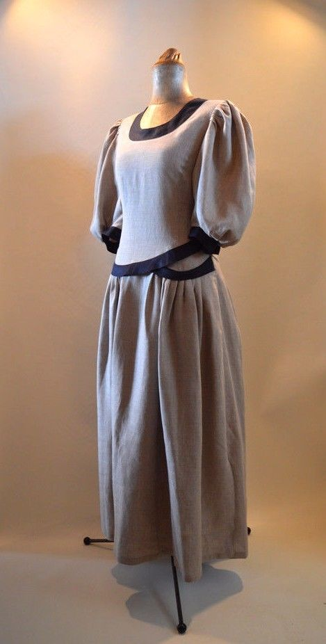Long Linen Sleeve Dress in Grey with Black Lining size 14