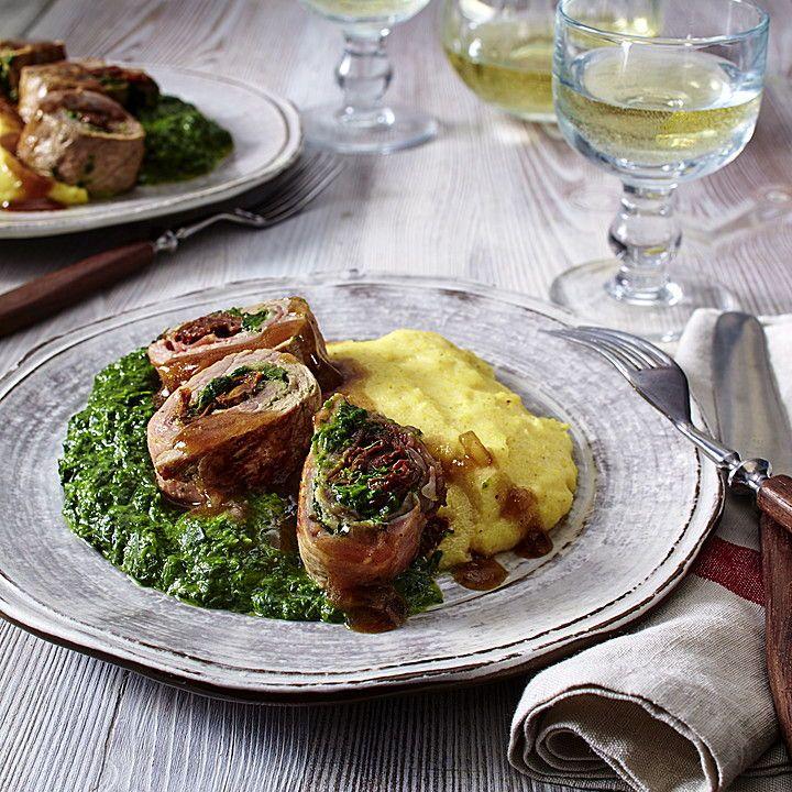 Involtini gefüllt mit Rahm-Spinat auf cremiger Polenta: Mit Rahmspinat gefüllte Kalbschnitzel und cremigem Maisgrieß