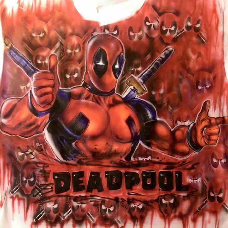 Thousand Army deadpool hand painted airbrush  t shirt. Custom painted deadpool marvel comic art design. thousand skull and dead pool faces. #comicart #deadpool