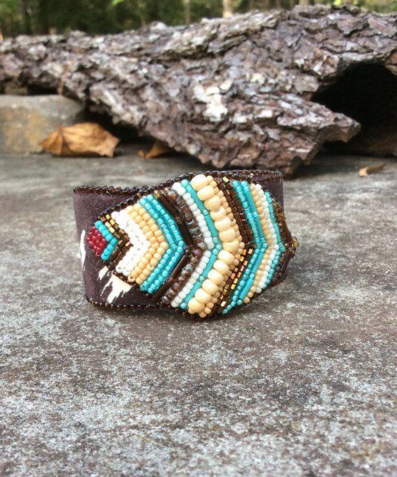 Americano nativo Beadwork brazalete pradera por HollyBeanDesign