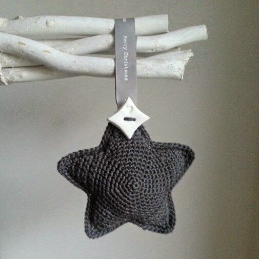 Haak & Maak: Simple little star with link to pattern