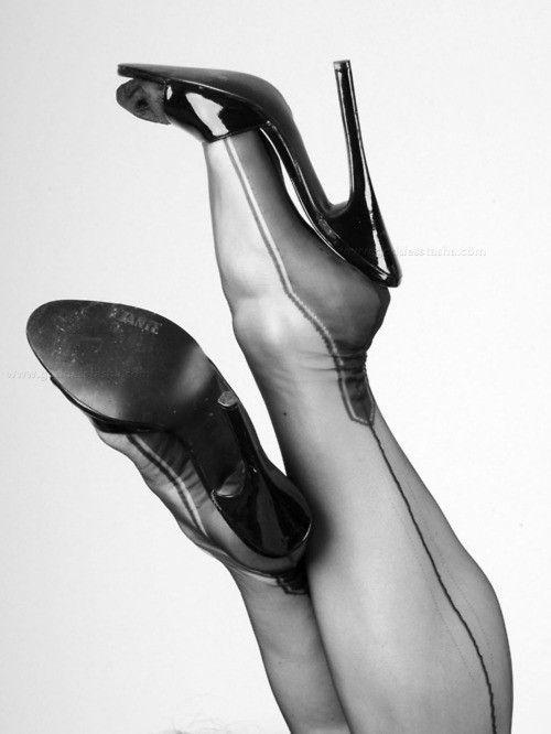 high heels nylon erotikführer düsseldorf