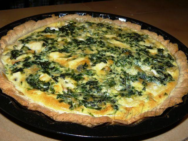 Vegyes saláta: Spenótos-kéksajtos pite