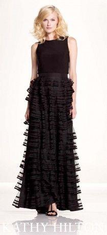 Fırfır etekli, siyah, uzun abiye modeli, Kathy Hilton abiye