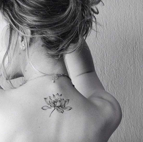 Afbeeldingsresultaat voor small tattoos mandala on back of neck