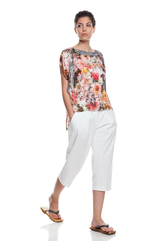 Pure silk blouse,flower print and low waist, white pants .
