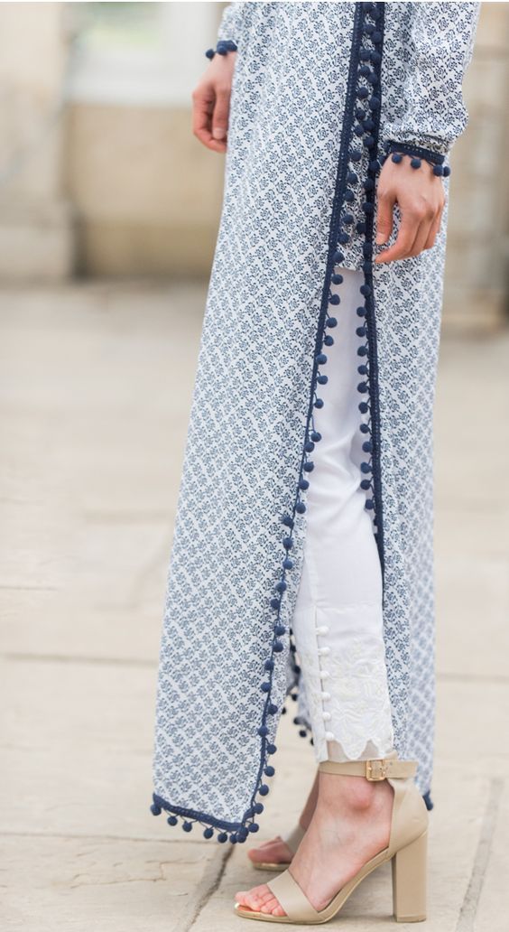 Beautiful #Desi, Indian #Fashion Details, shades, via via @topupyourtrip