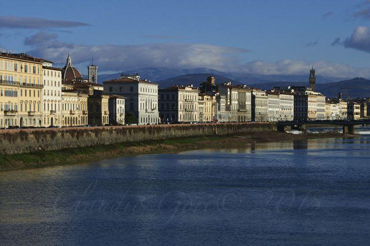 https://flic.kr/p/EyAWGM | Ponte-Vittoria-CG-15-01-01-DSC_8075 | Scorcio dell'Arno in una gelida giornata invernale.