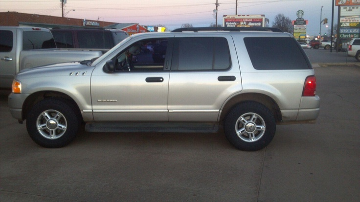 Check out Lion Jobememej's 2004 Ford Expedition sporting