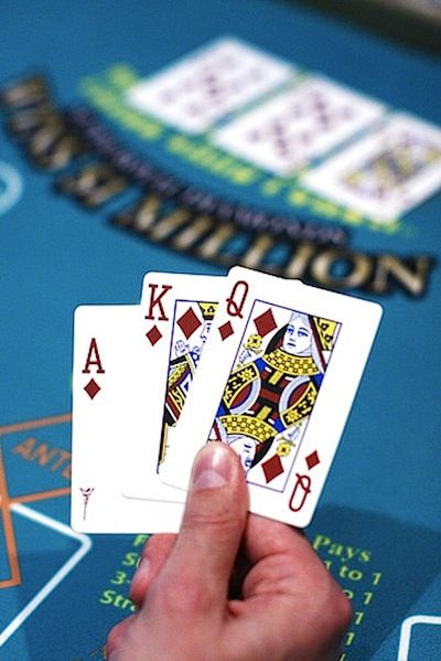 3 card poker games in las vegas casinos chemehuevi casino