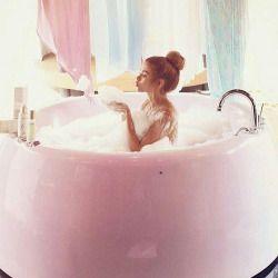 """A Sunday well spent brings a week of content"" #lovenikita #lovefromnikita #tweenfashion #teenfashion #girlsfashion #splash #bath #bathtime #sunday #sundayfunday #bubbles #happiness #mermaid #relax #calm #keepcalm #repost #regram from @sugarbearhair"
