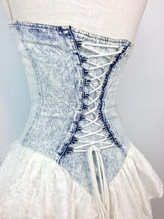 8896718428 80s Acid Wash Sweetheart Corset Dress   Full Skirt   Lace Up Bodice   Small    Medium.  38.00