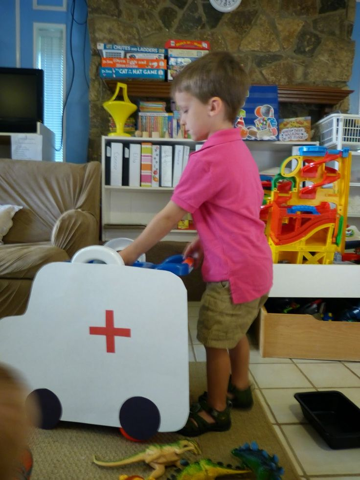 Paula's Preschool and Kindergarten: Vroom! Vroom! Transportation Theme - make an ambulance out of any cart and some poster board, students can drive the ambulance!