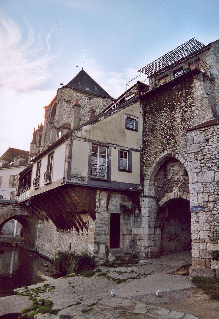 France Seine-et-Marne Moret-sur-Loing - Les fortifications côté Loing.