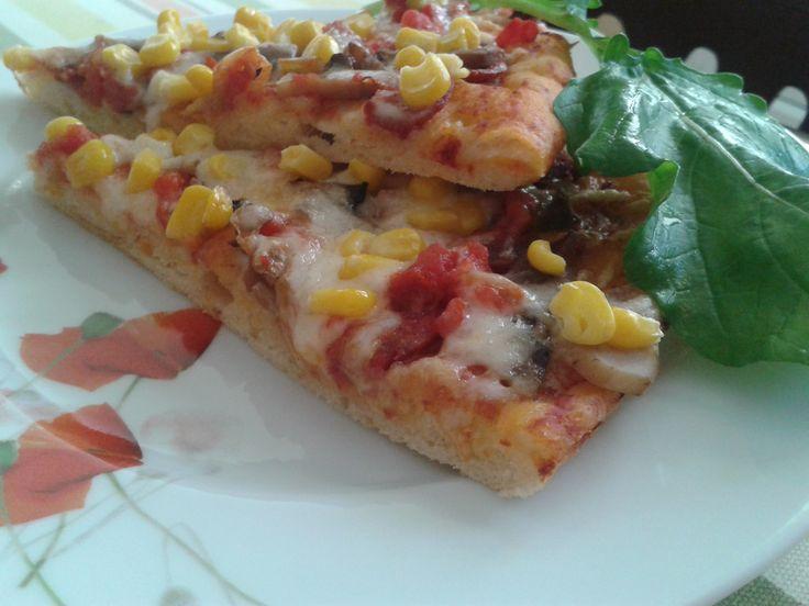Hasret'ciğimin pizzasını tam 3 kez yaptım. Hamuru dolapta tutma fikri o kadar hoşuma gitti ki, artık bütün mayalı hamurları yoğurup dolaba kaldırıyorum. hamurun 2 gün boyunca durduğu da oldu.…