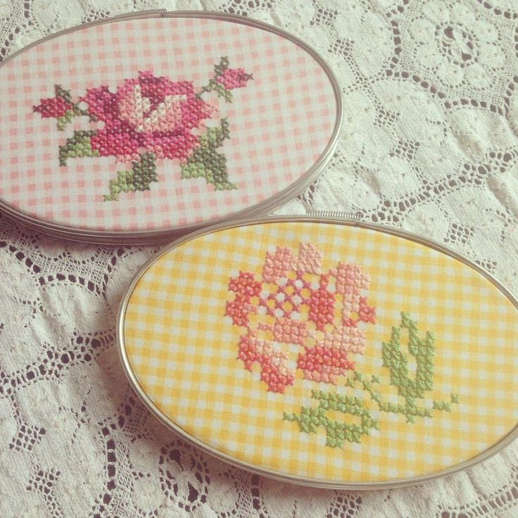 vintage roses cross stitched on gingham @ vintagegreyhandmade