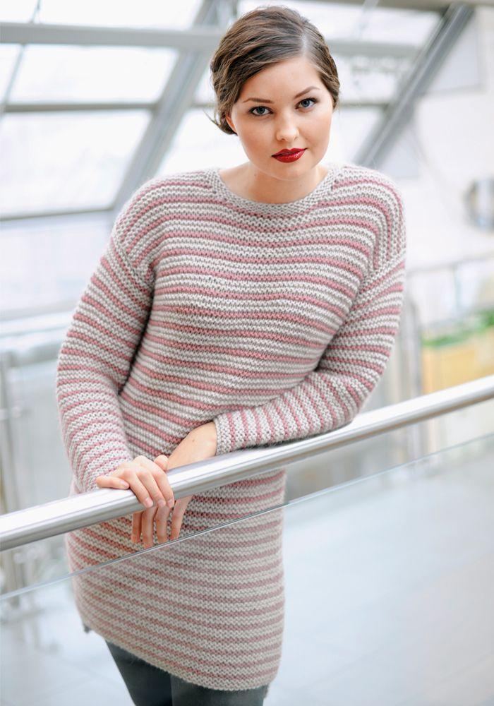 Nydelig dametunkia strikket med Adoregarn
