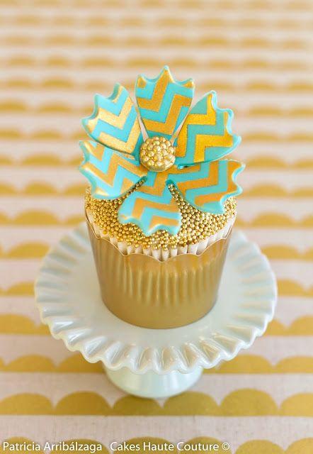 Golden chevron cupcake