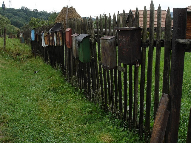 A super-mailbox Ukrainian style.: Country Mailbox, Letterbox, Http Www Lockingmailboxes Us, Http Www Lockingmailbox Us, Mailbox Fence, Mailbox Art, Photo, Mail Boxes, Letters Boxes