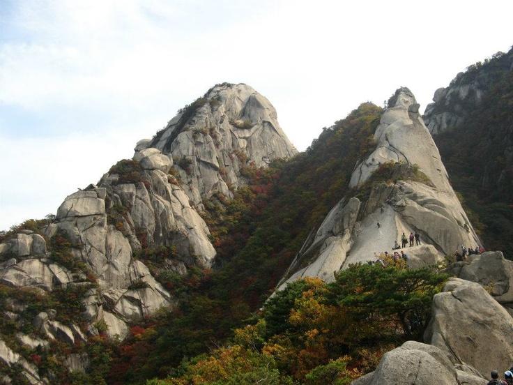 페이스북 문태숙님의 사진첩에서, 북한산 숨은벽이랍니다. [Mountain Bukhan, located in Seoul, Korea]