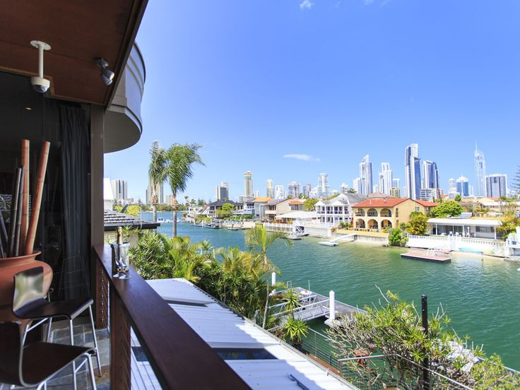 Luxurious Waterfront Oasis, Queensland, 35 Southern Cross Drive, Surfers Paradise QLD 4217 - page: 1 #mansion #dreamhome #dream #luxury http://mansion-homes.com/dream/luxurious-waterfront-oasis-queensland/
