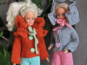 Курточка с воротником-капюшоном для барби, для интерьерных кукол и для тильд - Наталья Щербакова - Ярмарка Мастеров