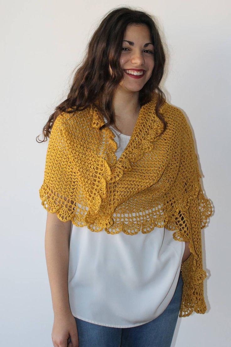 Stola Scialle Coprispalle in lino giallo Regalo per lei Moda Abbigliamento donna Pezzo unico di AllegrettaHandmade su Etsy