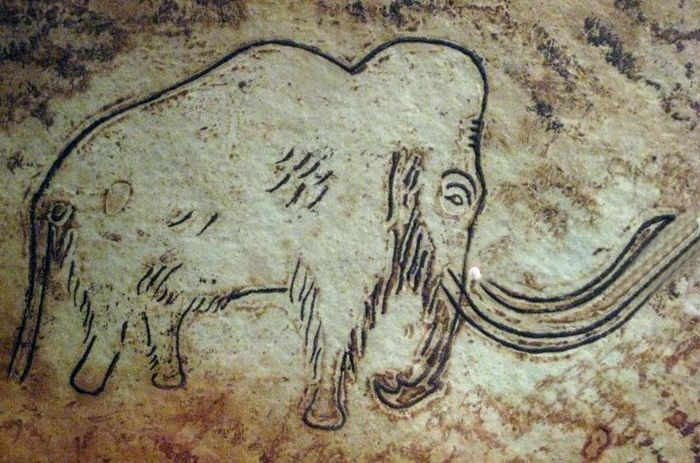 25 best ideas about paleolithic art on pinterest cave painting cave drawings and cave. Black Bedroom Furniture Sets. Home Design Ideas