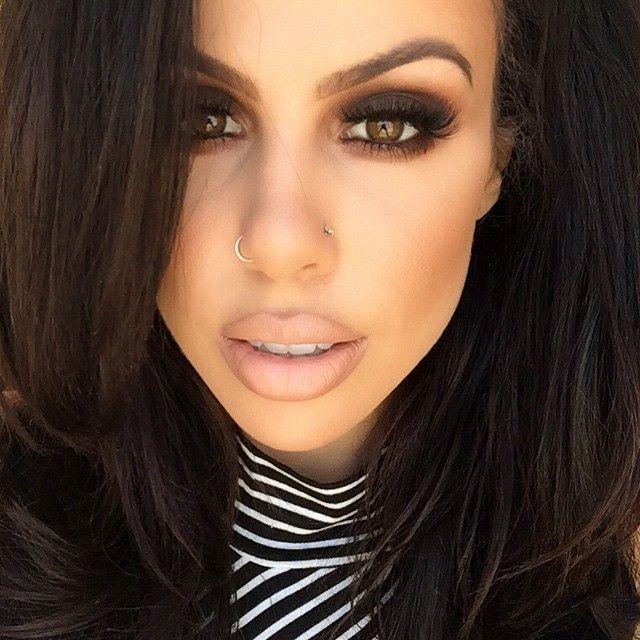 TaniaMaria @taniamariamua Instagram  'Galapagos' eye shadow by #Nars 'Naked' pigment by @maccosmetics 'Teddy' eye liner by @maccosmetics Lashes by @flutterlashesinc Oak lip liner and Myth lipstick by MAC