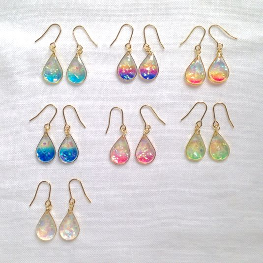 Sky the color of the drop [drop-type Earrings] limited color added