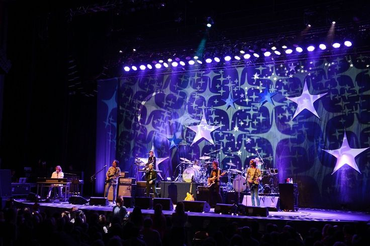 Ringo Starr brought his All Starr Band to the Pearl at the Palms on Sunday, ending the band's tour with a fantastic live performance at the intimate venue.http://hauteliving.com/2015/03/photos-ringo-starr-and-his-all-starr-band-rock-the-pearl/557484/