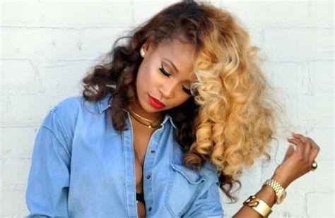 Beste Haarfarbe für schwarze Frauen Wählen Sie die Farbe die Anzug