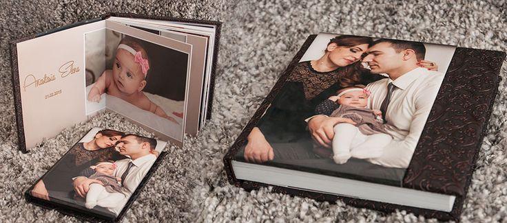 Alegerea albumelor foto carte Albumul de nunta, asa zisul buletinul nuntii voastre trebuie sa fie impecabil. De ce? Simplu, el va reprezenta toata amintirea evenimentului. Investiti in calitatea sa si mai ales in calitatile fotografului care va realizeaza albumul foto carte, increderea, profesionalismul si colaborarea fac din ziua nuntii una exceptionala. O spun cu mare parere de rau ca exista [...]
