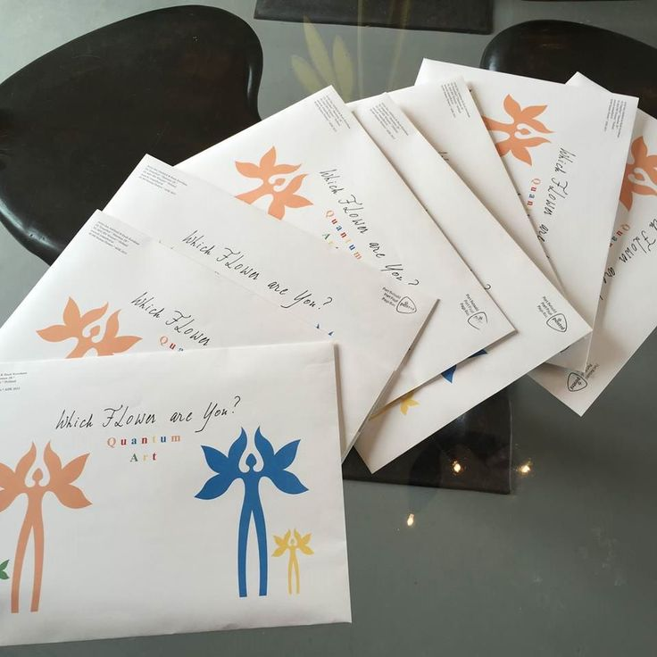 Each envelope contains 3 envelopes with each 33 flower stickers. #Whichflowerareyou ?