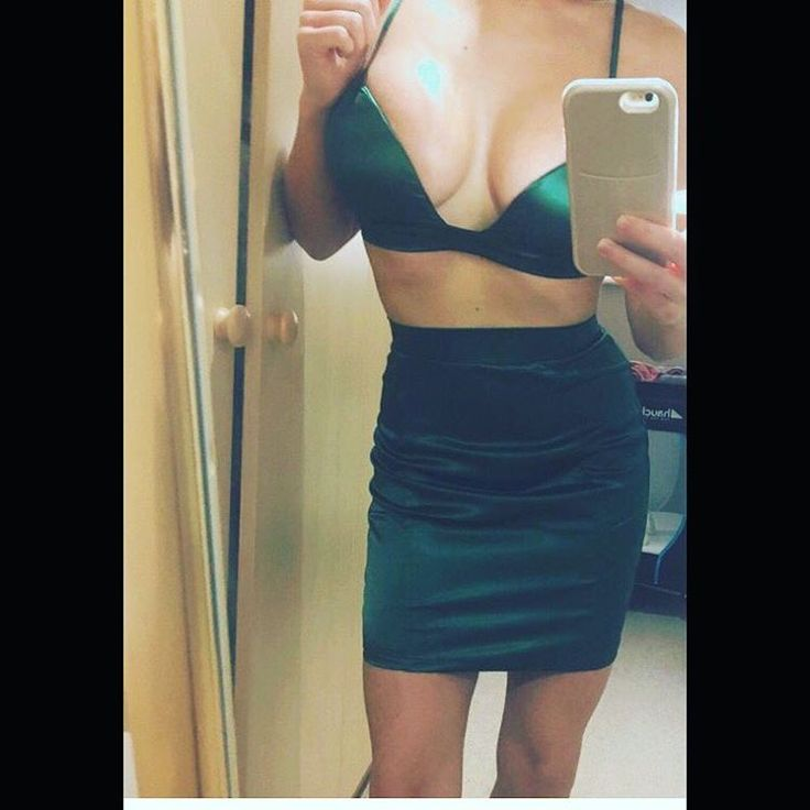 14 day delivery green satin skirt and bralet two piece #croptop #dress #Missguided #Asos #ohpolly #boutique #follow #love #fashion #vegas #Ibiza #mermaids  fits a 6/8/10 adjustable tie. £26 include postage. http://www.butimag.com/fashion/post/1470455350792404773_4821697074/?code=BRoG1nKDb8l