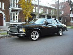 "Starring Denzel Washington and Ethan Hawke ""Training Day"" used car in the movie: 1979 model Chevrolet Monte Carlo"