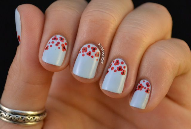 Nailed It.: Nails Art, Blue Flowers, Nails Design, Red Flowers, Nails Polish, Poppies Nails, Pretty Poppies, Flowers Nails, Little Flowers