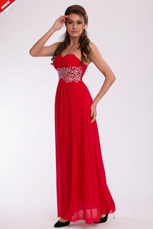 Czerwona, elegancka długa suknia ozdobiona kamieniami. #kobieta #suknia #długa #czerwona