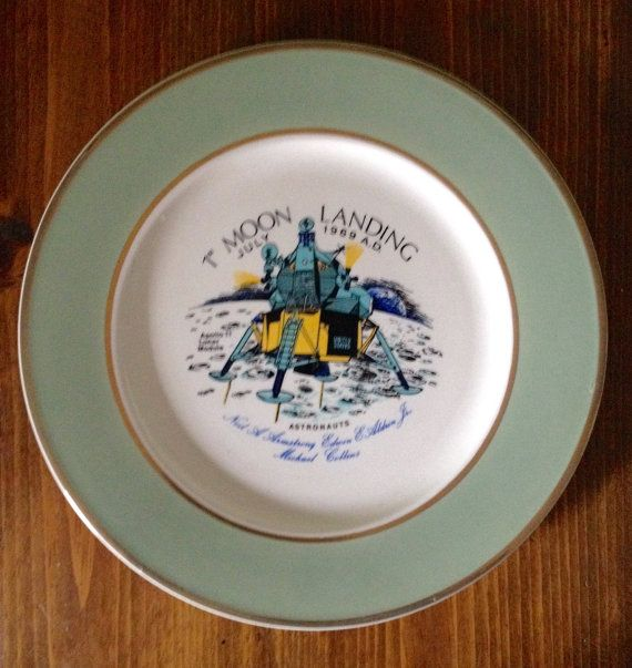 1st Moon Landing Vintage 1969 Collectable Plate by Piklandia